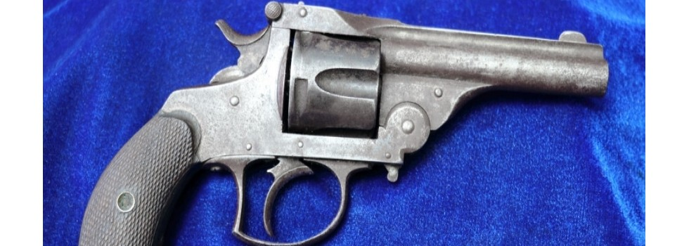 Smith & Wesson 3rd Model .38S&... Scarce Smith & Wesson 3rd Model .38S&W Double Action Top Break Revolver. A good ...Show Details